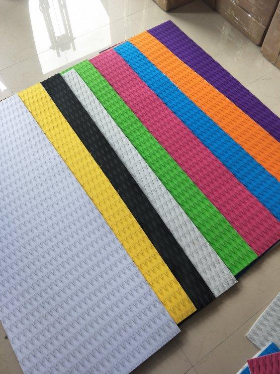 Rainbow.thumb.jpg.a9d1efd14dd8ce77cf8d51158caa0095.jpg