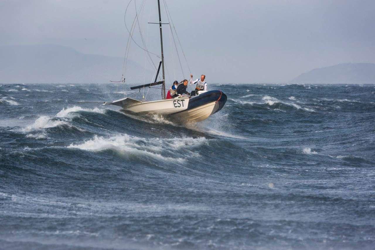 Surfiingen49er.jpg